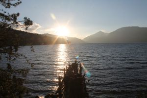 rara-queens-of-lake-mugu-9